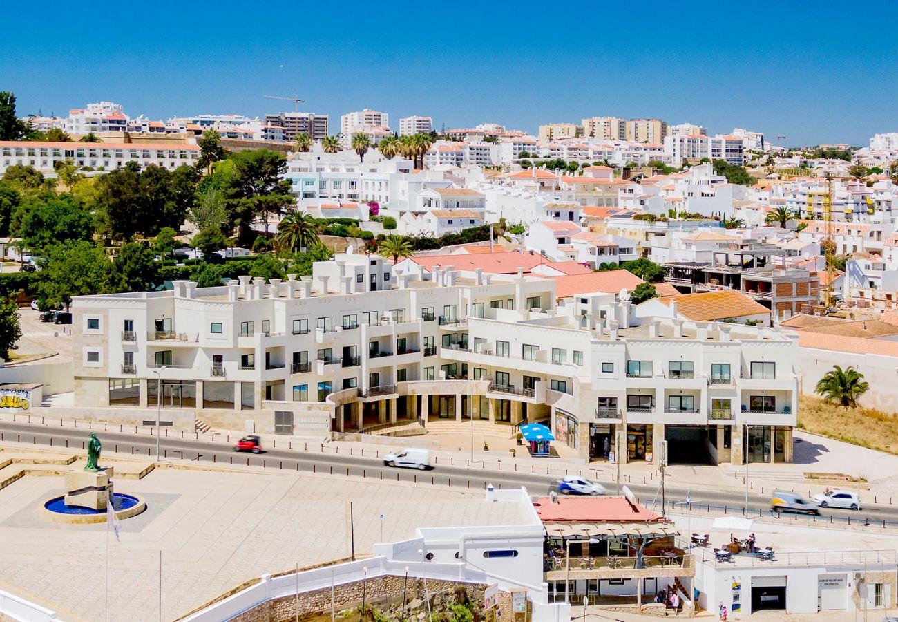 Apartment in Lagos - Apartment   High-Speed Internet   A/C   50m From Beach   Sea View [RLAG71]