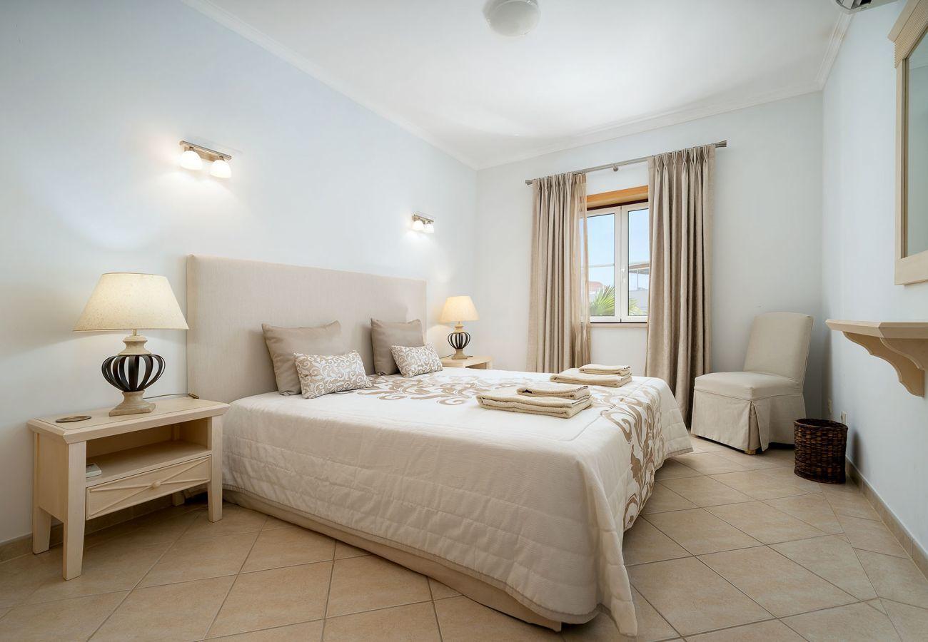 Apartamento em Lagos - Apartamento | Wi-Fi | Ar Condicionado | Piscina Partilhada | Perto do Centro Histórico [RLAG28]