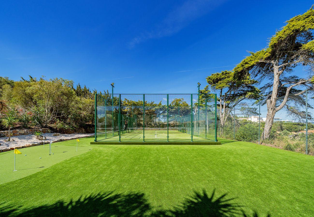 Villa em Lagos - Vivenda | Internet de Alta Velocidade | Ar Condicionado | Campo de Padel | Petanca | Putting Green | Piscina Privada Aquecida | Jacuzzi | Jardim | Vista Mar | Isolada [RLAG103]