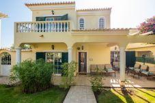 Villa in Lagos - RLUZ23