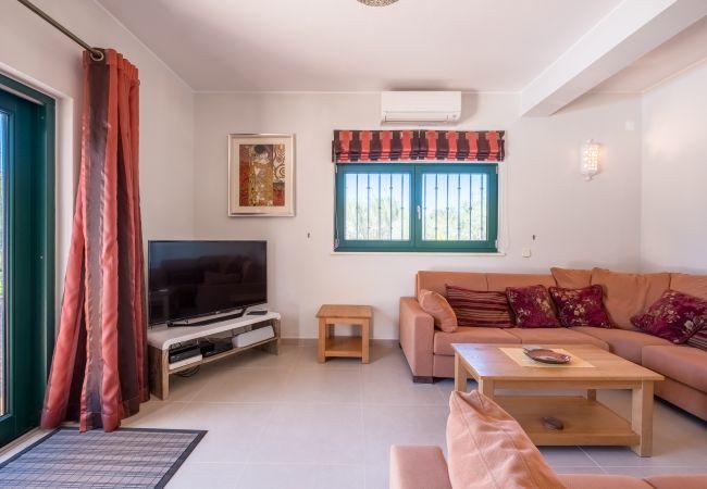 Villa in Budens - RVDB01