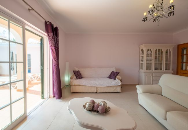 Villa in Lagos - RLAG91