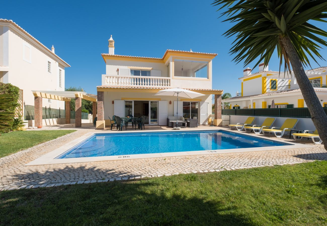 Villa in Lagos - Villa with free Wi-Fi | private pool [can be heated] | garden | near the Marina [RMEI28]