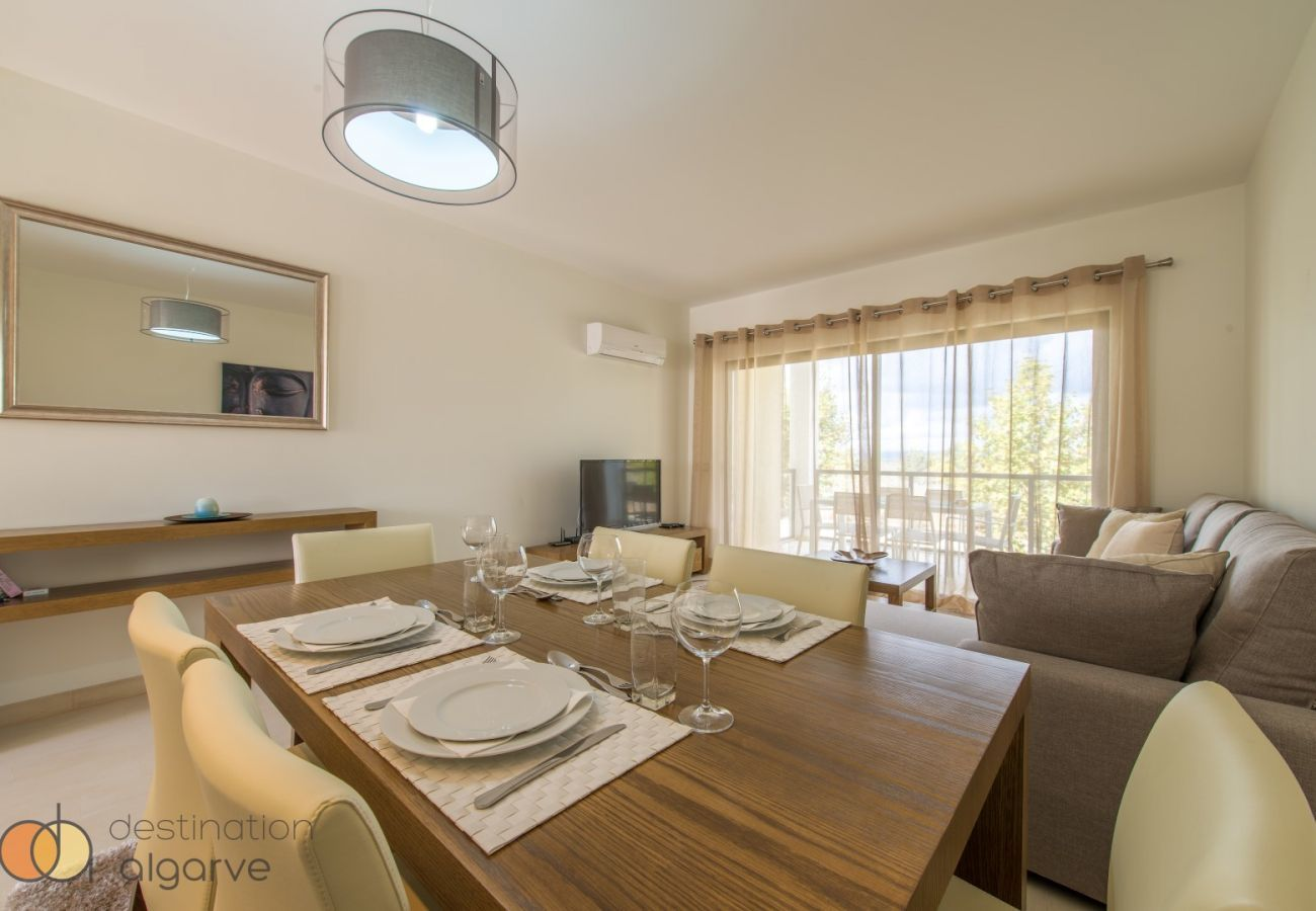 Apartment in Alvor - Apartment | Wi-Fi | A/C | Shared Pool [RALV03]