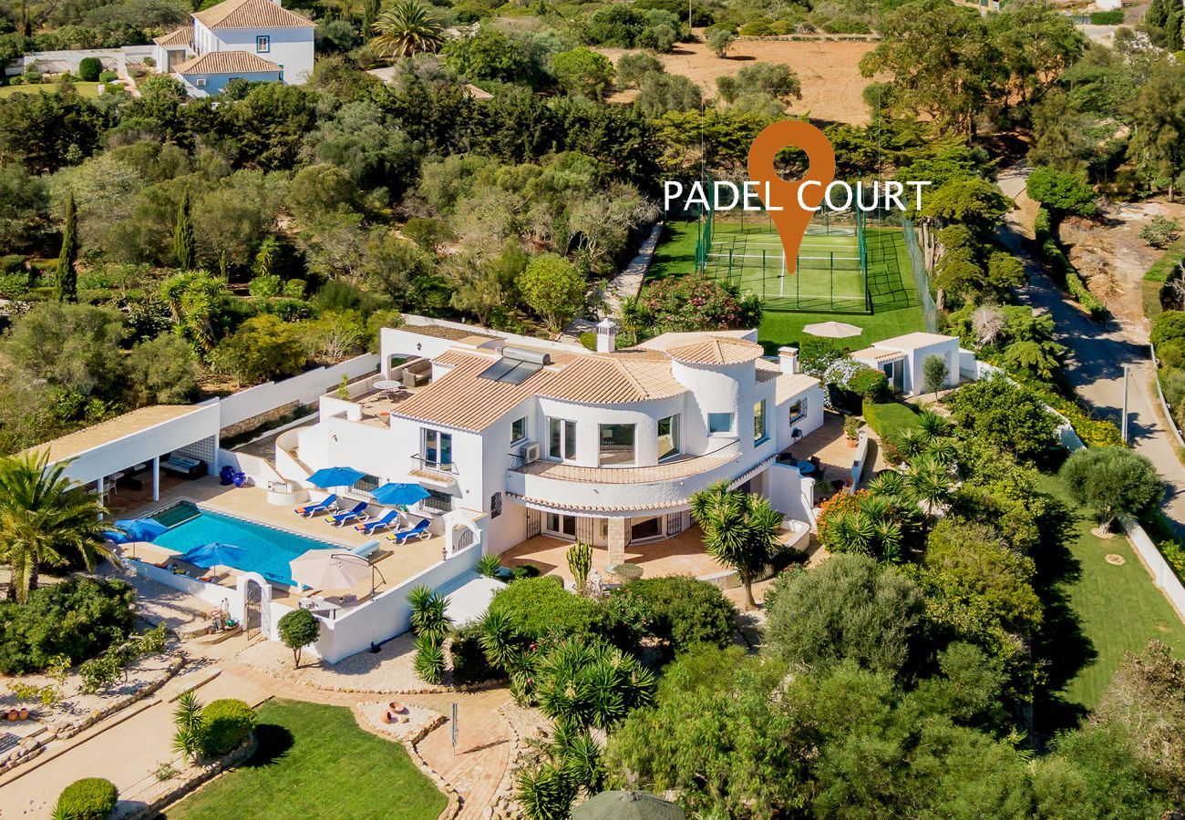 Villa in Lagos - Villa | High-Speed Internet | A/C | Padel Court | Boules Court | Putting Green | Heated Private Pool | Jacuzzi | Garden | Sea View | Secluded Villa [RLAG103]